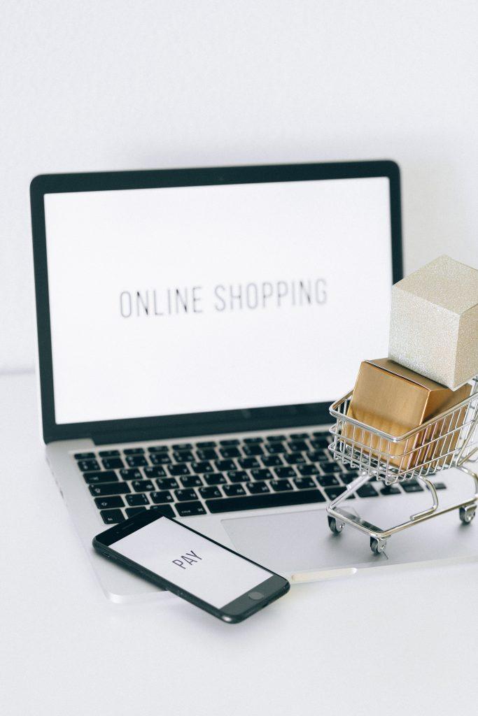 L'e-commerce ti permette di dare una nuova identità alla tua attività